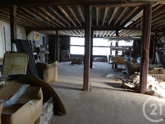 Vente maison 4 pièces 760 m2