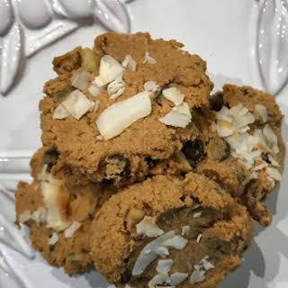 Keto Chocolate Chip and Walnut Cookies.