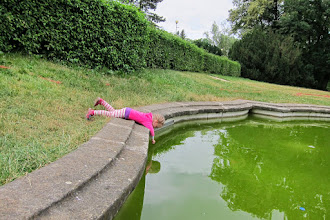 Photo: Serching for tadpoles at Lužanky.
