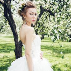 Wedding photographer Vladimir Dolgov (Dolgov). Photo of 08.04.2015