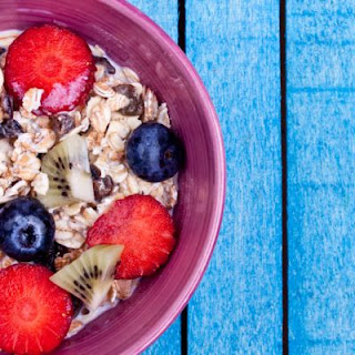 Berry Yummy Crockpot Oatmeal