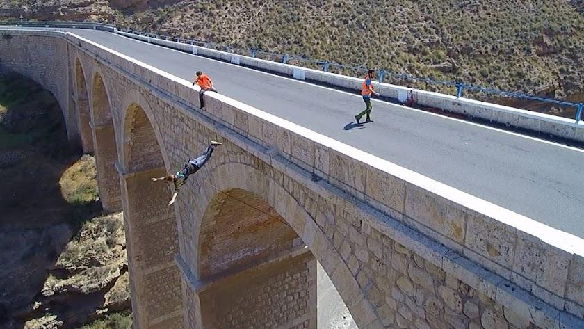 Salto desde el Puente de Gádor.