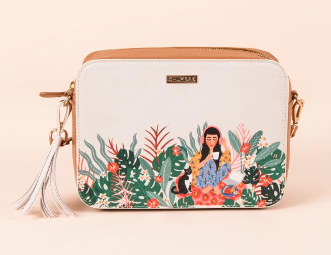 valentine-gifts-girlfriend-sling-bag