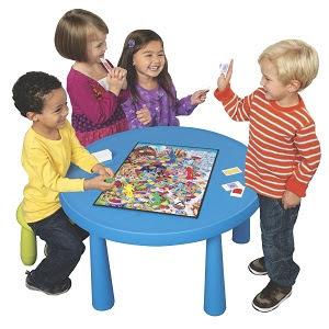 Kids playing Candy Land board game