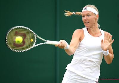 Kiki Bertens verrast op de WTA Finals door Ashleigh Barty te kloppen