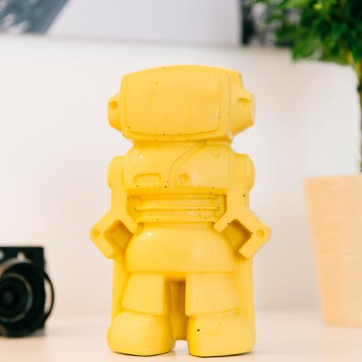 figurine décorative en béton en forme de robot
