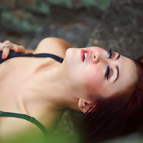 by Endenz Tea - Nudes & Boudoir Artistic Nude