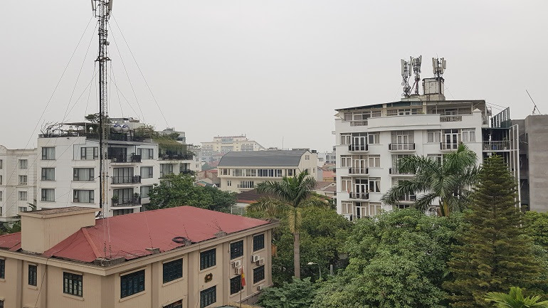 Modern 3 – bedroom apartment with big balcony in Tay Ho street, Tay Ho district for rent
