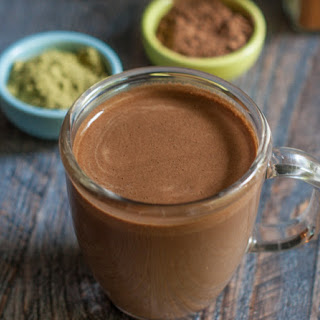 Mexican Chocolate Matcha Drink (low carb).