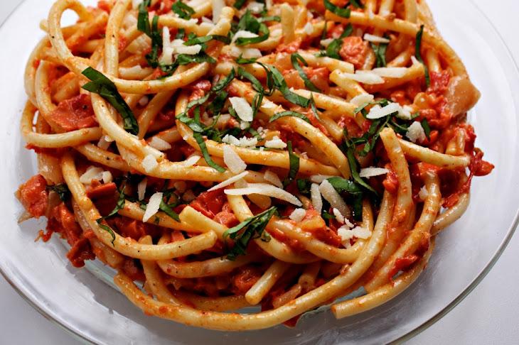 Tomato and Smoked Salmon Pasta Recipe