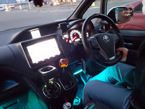 ヴォクシー  ZS 8人乗りのカスタム事例画像 いけせんさんの2021年01月05日19:41の投稿