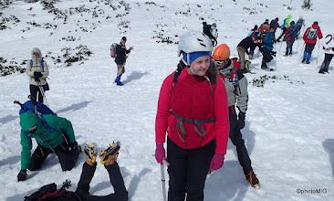 Photo: Visokogorci će pod vrhom imati vježbu - Stavljanje dereza i prve upute o zaustavljanju sa cepinom