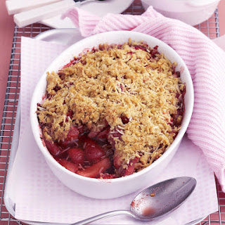 Gluten-Free Strawberry Vanilla Crumble.