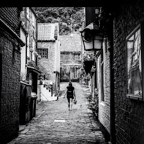 Whitby Alleyway by Graham Kidd - Black & White Landscapes