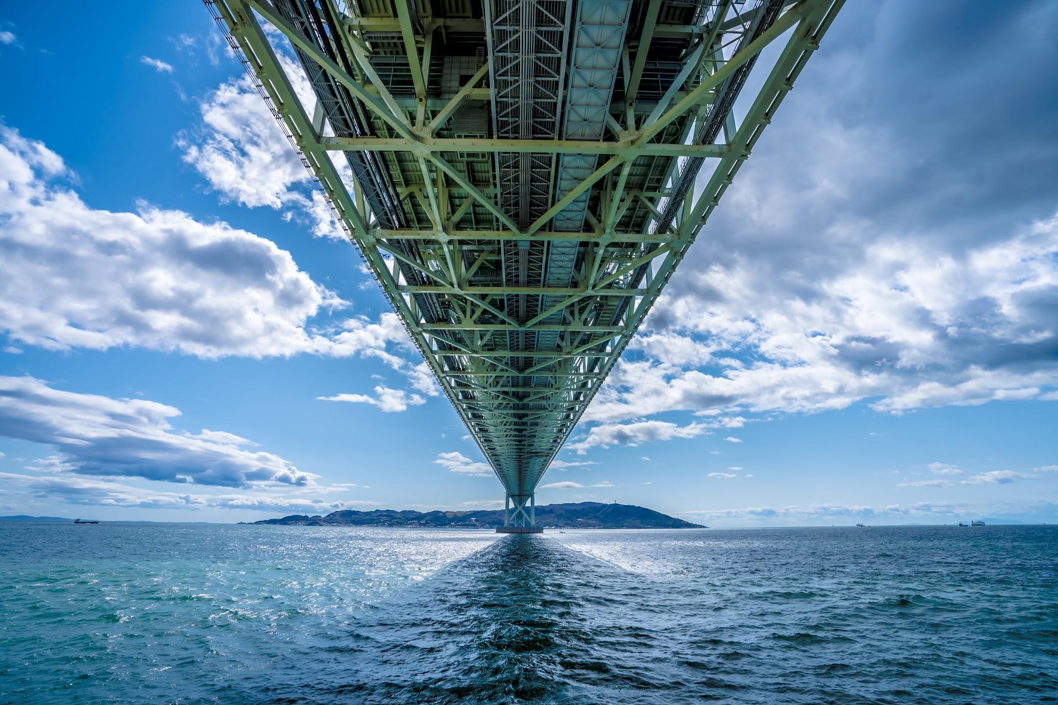 Akashi Kaikyo Bridge1