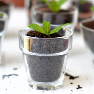 Chocolate Dirt Pudding Cups.