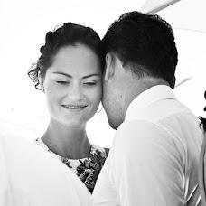 Wedding photographer Natalya Ramenskaya (Flowerpower). Photo of 07.08.2013