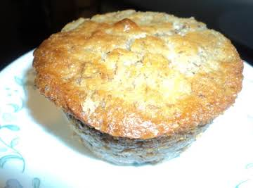 Moist Banana-Nut Bread Muffin