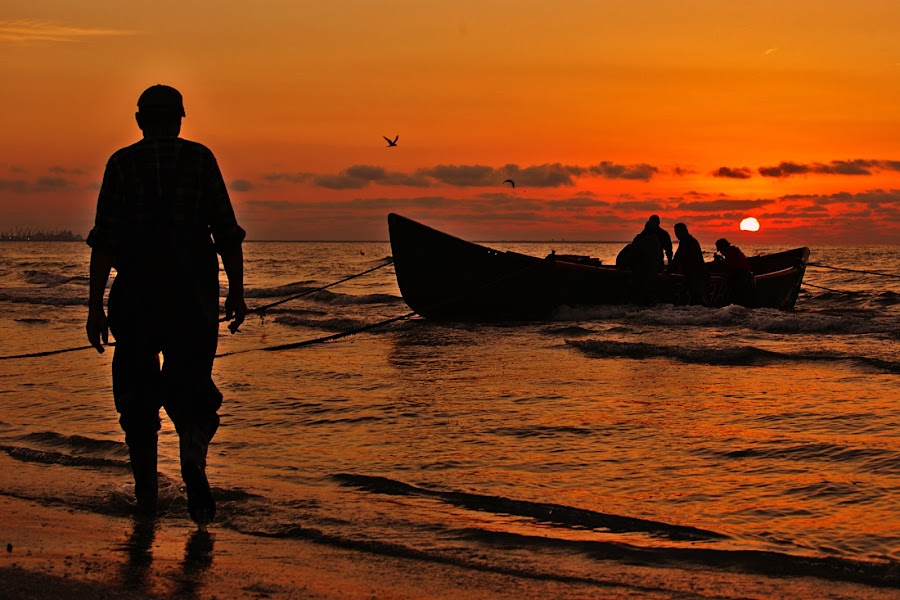 Meet the fishers by Nicu Buculei - Landscapes Sunsets & Sunrises ( sunrise, fishermen, sea, boat, morning,  )