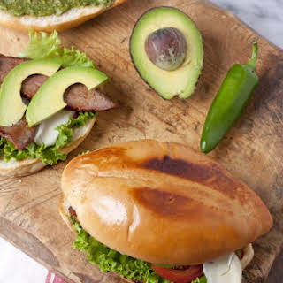 Tri-Tip Sandwich with Chimichurri Sauce (Tortas de Bistec).