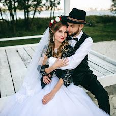 Wedding photographer Lesya Lupiychuk (Lupiychuk). Photo of 04.12.2017