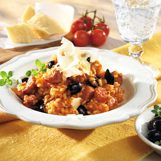 Risotto mit Tomaten und Bratwurst