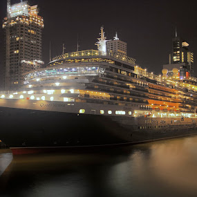 The Queen. by Leen Bilt Van Der - Transportation Boats ( cruiseship, rotterdam, the queen victoria, night shot, city,  )