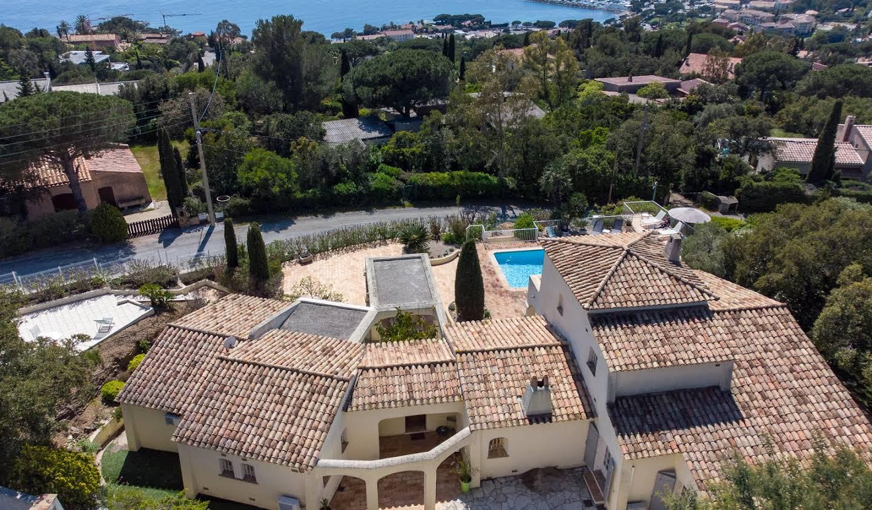 Villa avec piscine et jardin Les issambres
