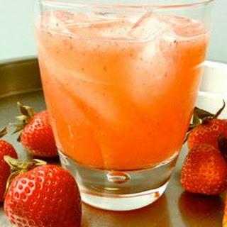 Strawberry Lemonade Sprtizer