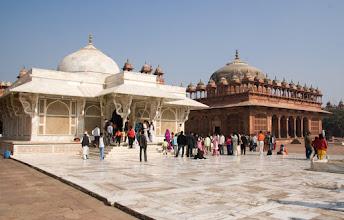 Photo: Temppeleitä Fatehpur Sikrissa