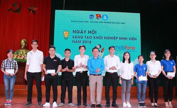 """Sinh viên, nhóm sinh viên có ý tưởng, dự án khởi nghiệp xuất sắc được vinh danh và trao giải trong chương trình """"Ngày hội sáng tạo khởi nghiệp sinh viên"""" năm 2018"""