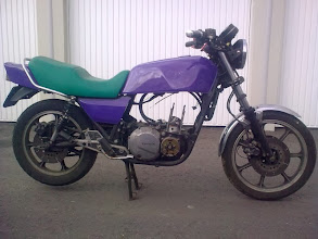 Photo: La Kawasaki Z1000J lors de son achat à mon pote Alf