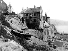 Photo: 7-FRITH-0325507 (832746)Robin Hood's Bay, 1886 The Francis Frith Collection© F. Frith Collection / akg-images