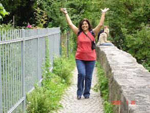 Photo: Esther feliz!