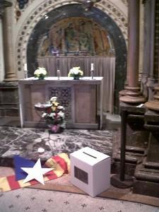 Cristians_per_la_independencia_pregaria_montserrat