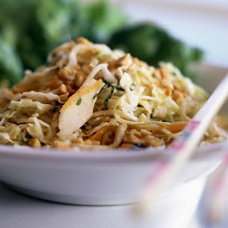 Easy Homemade Chicken Pad Thai.