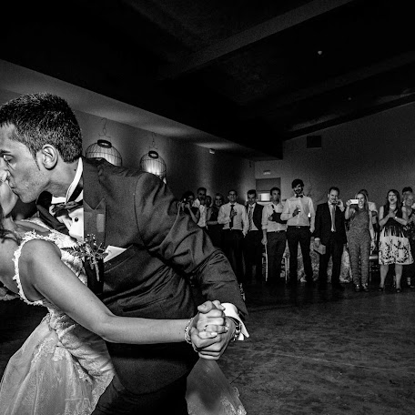 Wedding photographer Rafa Martell (fotoalpunto). Photo of 15.12.2017