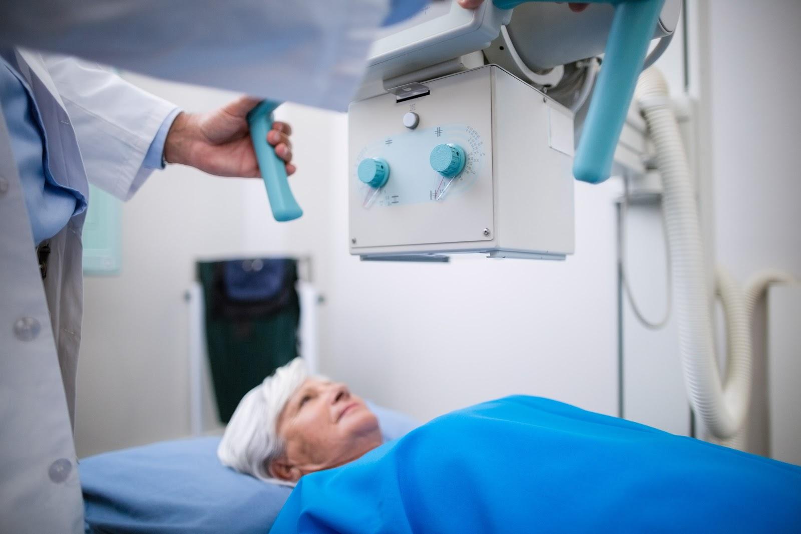 Queda no índice de exames para identificação de tumores pode gerar problemas futuros. (Fonte: Freepik)