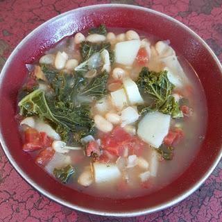White Bean, Potato and Kale Soup