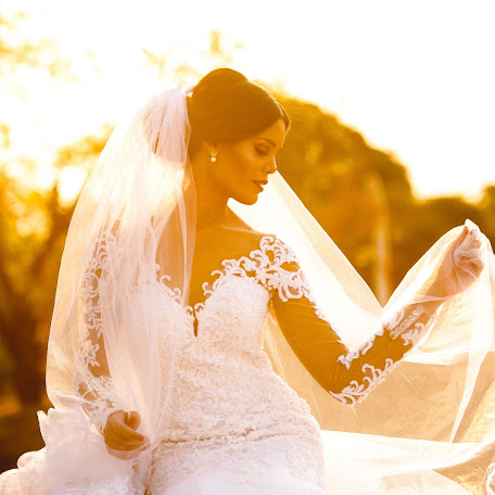Wedding photographer Alysson Oliveira (alyssonoliveira). Photo of 12.03.2018