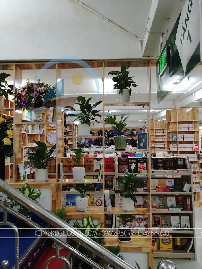 thiết kế thi công nội thất nhà sách Trí Đức 21