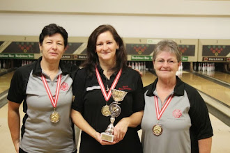 Photo: Einzel Damen: Martina Kronsteiner (2.), Karin Bruckmüller-Olear (1.), Edith Lockinger (3.)