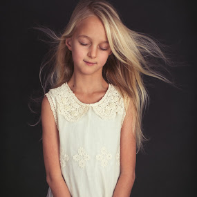 dreaming by Corine de Ruiter - Babies & Children Child Portraits ( dreaming, sweet, girl, blond, hair )