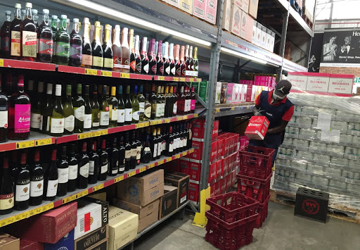 Liquor traders see red over mooted sales limits