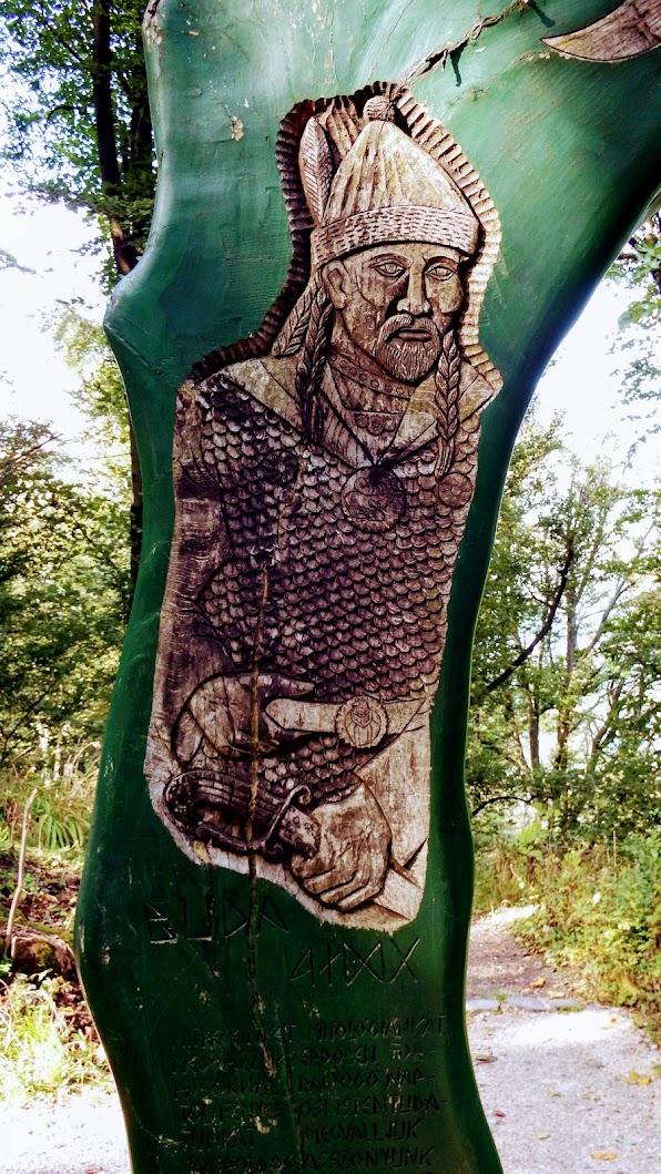 Pilisszentkereszt - Fénykapu Attila és Buda alakjával