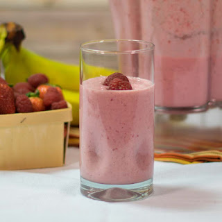 Strawberry Raspberry Smoothie.