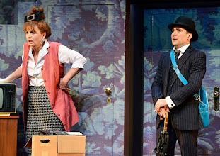 Photo: Wien/ Kammerspiele: DER NACKTE WAHNSINN von Michael Freyn. Inszenierung: Folke Braband. Premiere 14.10.2015. Ulli Maier, Alexander Pschill. Copyright: Barbara Zeininger