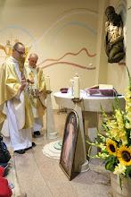 Photo: Požehnanie putovného obrazu Božieho milosrdenstva a relikvií sv. Faustíny