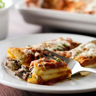 Cheesy Beef Manicotti