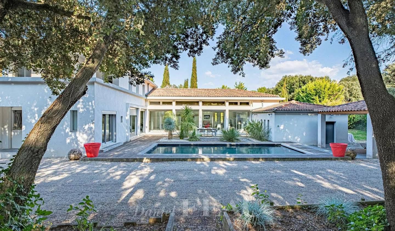 Bien atypique avec piscine Aix-en-Provence